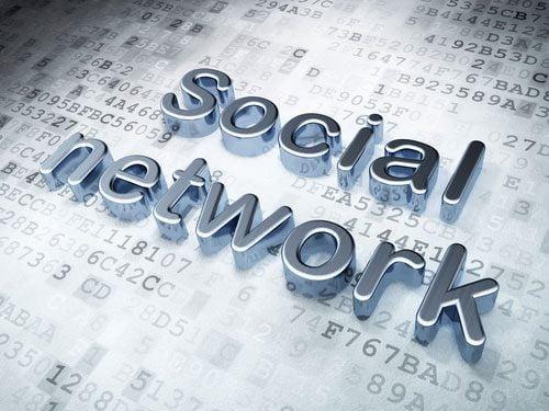 shutterstock_ Maksim Kabakou_internet_rede_social_web