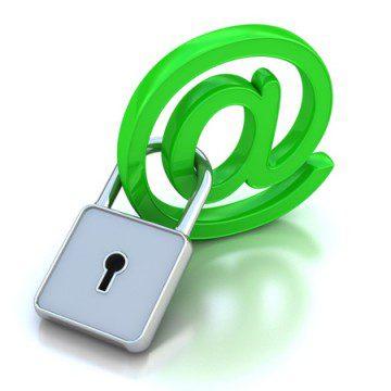 shutterstock_Alina Ku-Ku_rede_social_internet_web_correio_eletronico_e-mail_web_trancada
