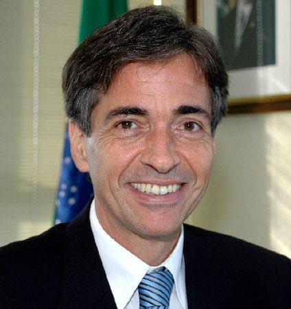 A presidente Dilma Rousseff nomeou Luis Manuel Rebelo Fernandes para exercer <b>...</b> - Luis-Fernandes-Rebelo-presidente-Finep