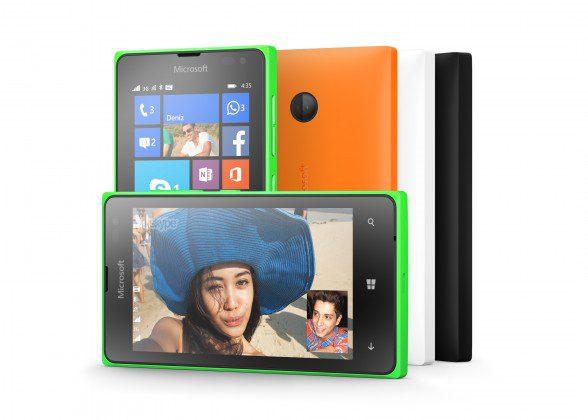 O Lumia 435 tem câmera traseira de 2 MP.